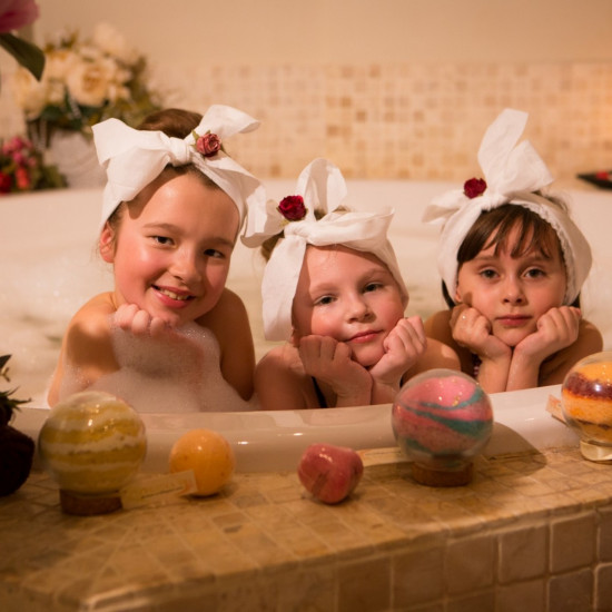 Massage & Spa rituals for children (from 6 years) (from 25 eur)
